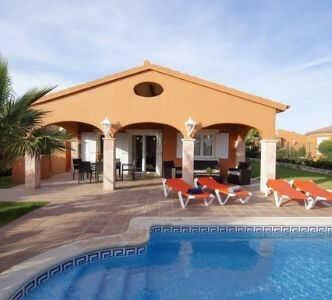villa med pool calan bosch