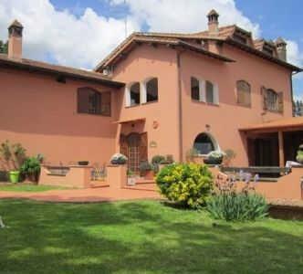 villa med pool italien